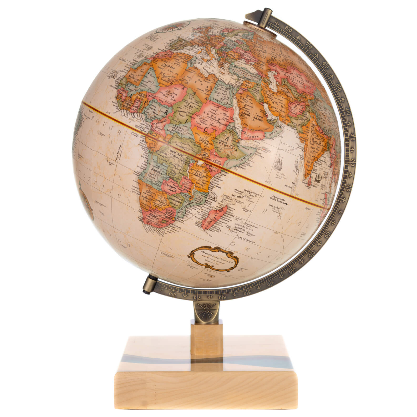 River Maple Globe