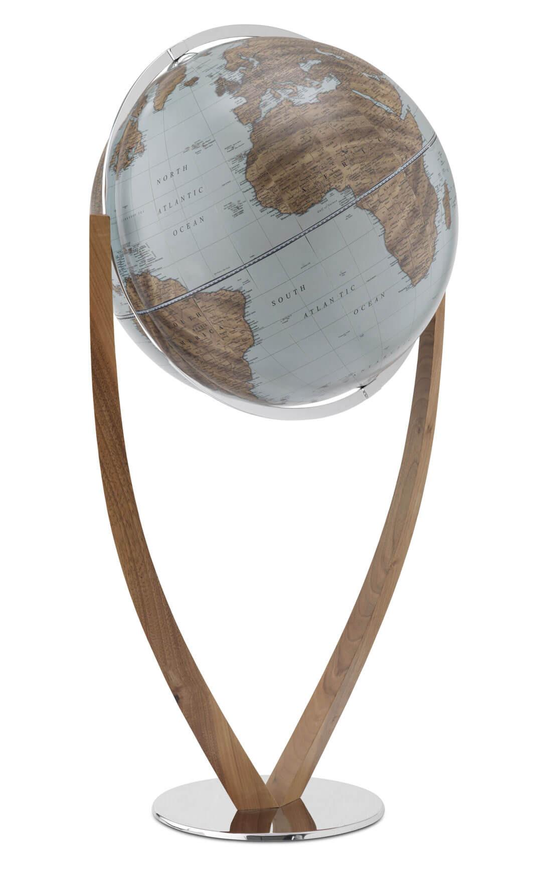 Versus Natural Globe